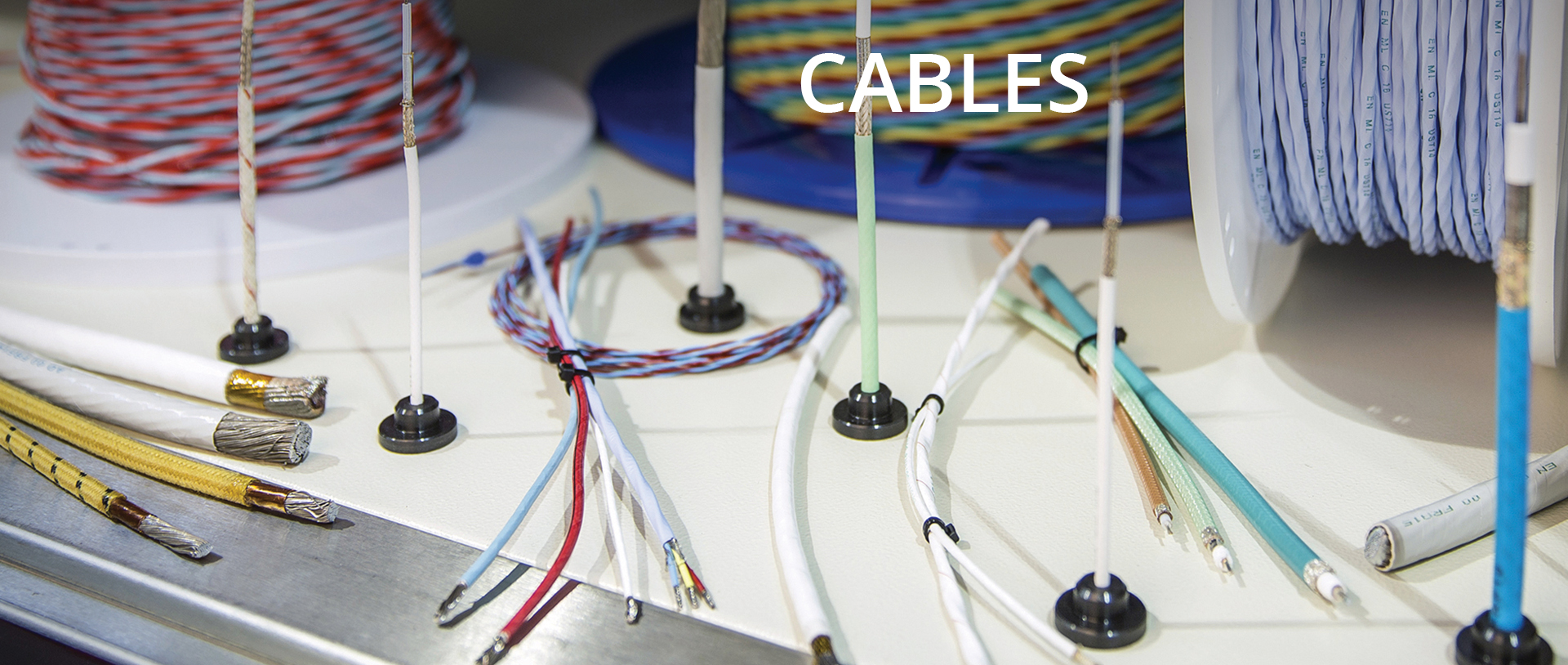 04_cables.jpg